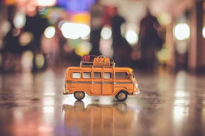 blurred background bus combi miniature